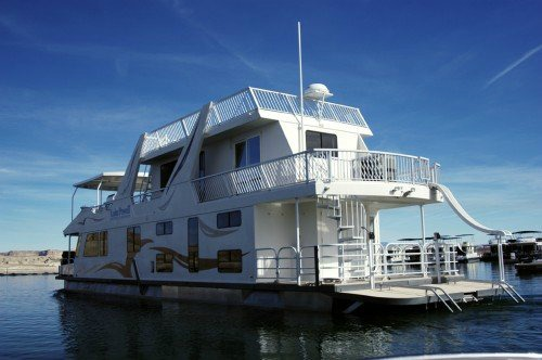 House Boat Rental