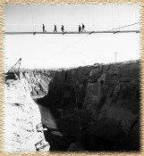 Glen-Canyon-Dam-Footbridge-Lake-Powell-Country